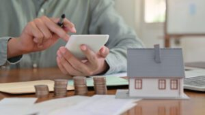 Is Making Bi-Weekly Payments on a Mortgage a Good Idea